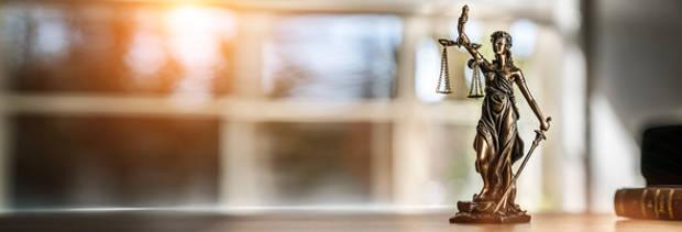 Unbillige Weisungen des Arbeitgebers – BAG vor wichtiger Rechtsprechungsänderung